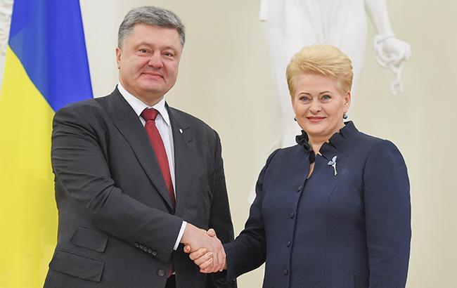 Порошенко проведет встречу с Грибаускайте в Харькове