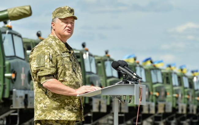 Фото (пресс-служба Президента Украины): Петр Порошенко в Чугуеве