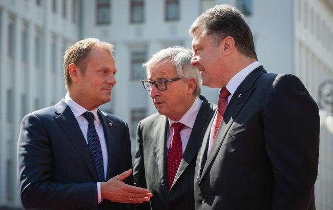 Фото: Президент Украины Петр Порошенко, президент Европейского совета Дональд Туск и Президент Европейской комиссии Жан-Клод Юнкер