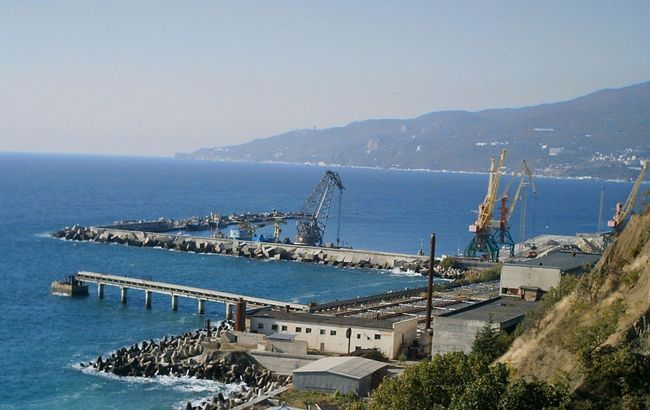 Британия разрешила своим кораблям заходить в порты Крыма