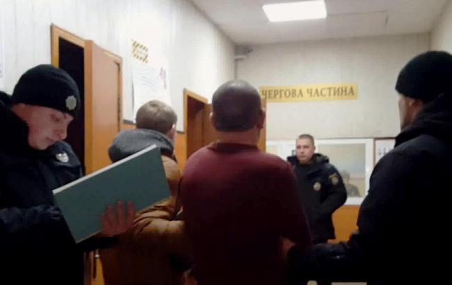 Полиция задержала мужчину, который ограбил два финучреждения в Одессе