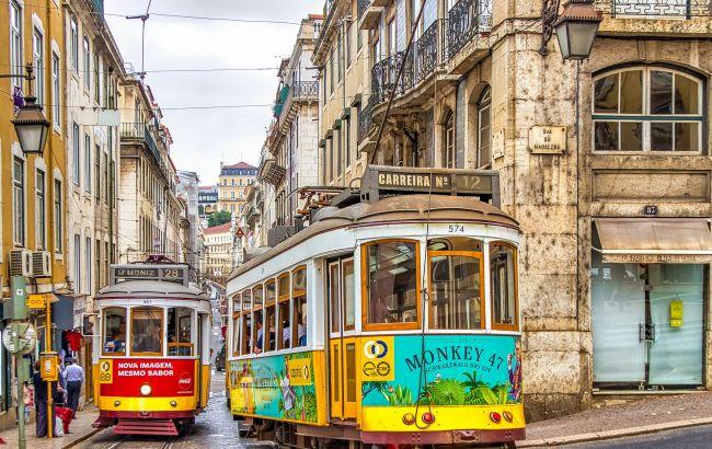 ПЛР-тести та самоізоляція. Коли Португалія може відкритися для туристів