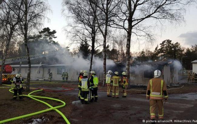 ВГермании задержали пятерых подозреваемых вподжоге общежития для беженцев
