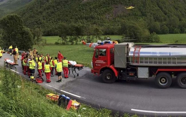 Фото: авария автобуса с украинцами в Норвегии