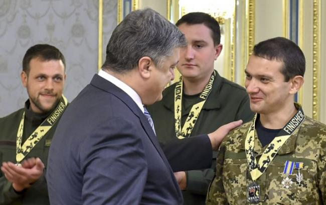 Фото: Зустріч президента України з військовими АТО (president.gov.ua)