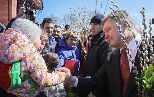 Порошенко пригласит премьер-министра Греции посетить Мариуполь