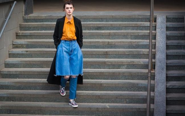 Американский Vogue назвал джинсы от украинского дизайнера хитом сезона