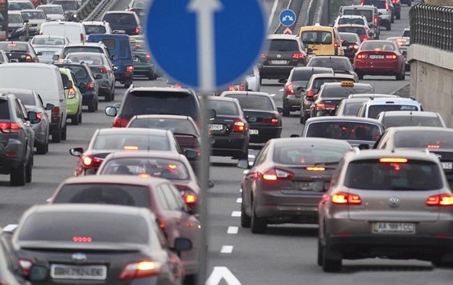 Наместе замри: на трассах столицы Украины самые большие пробки