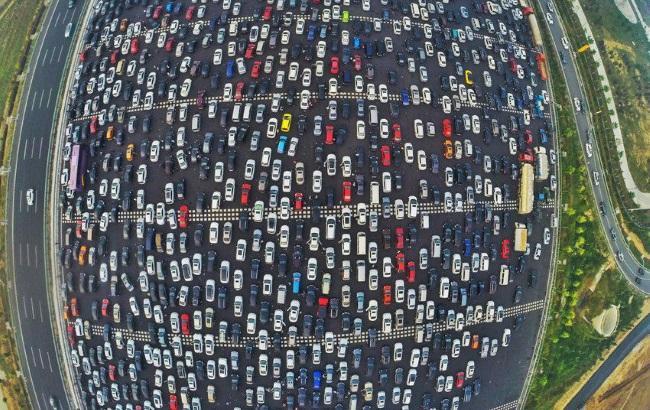 Пробка 50 смуг на в'їзді в Пекін