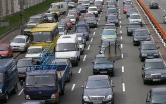 Фото: в Киеве пробки
