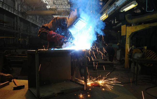 Цены производителей промпродукции в Украине в мае снизились на 1,3%