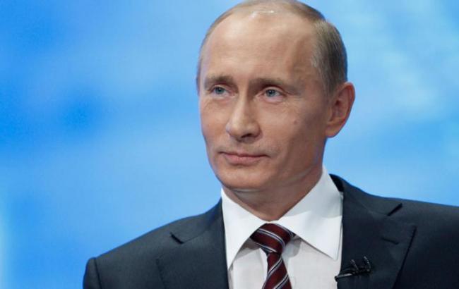 Фото: Путін відвідає окупований Крим