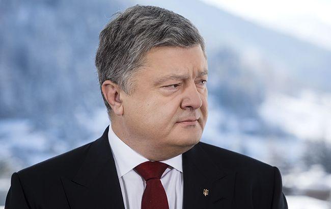 Порошенко вважає неможливими вибори на Донбасі до виводу російських військ