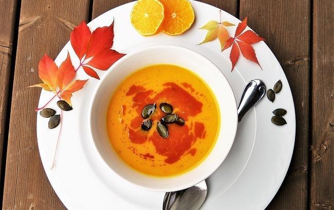Суп-пюре из тыквы с горгонзолой и семечками: для красивой фигуры и крепкого здоровья