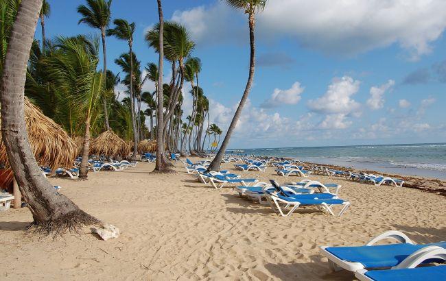 Чистые пляжи и семейный отдых: куда можно поехать в отпуск в январе