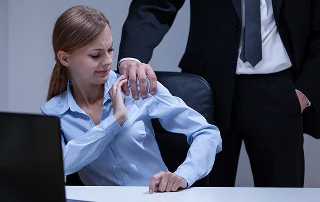 """""""У нас это не прокатит"""": российский режиссер, обвиняемый в сексуальных домогательствах, ответил журналистке"""