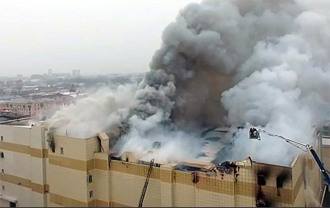 """""""Перша мета - кінозал"""": журналіст припустив, що було б, якщо б пожежа в Кемерово сталася в Україні"""