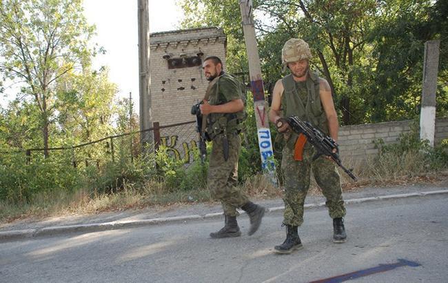 Фото: бойовики в ДНР (twitter.com/dubovoyslavyans)