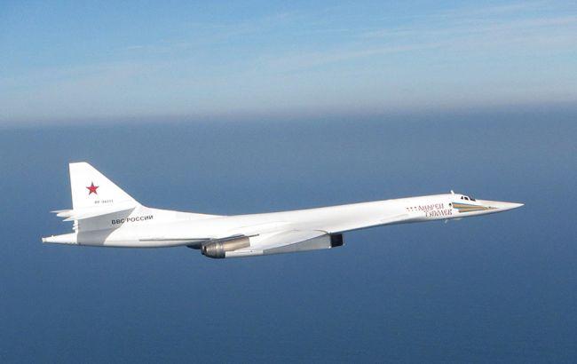 Фото: Минобороны Британии опубликовало фото перехваченного самолета
