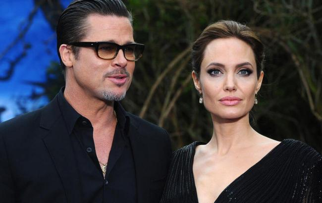 Фото: Анджелина Джоли и Брєд Питт (quibbll.com)