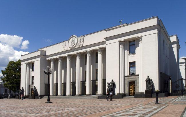 В Раде просят Порошенко обеспечить финансирование обороны на должном уровне