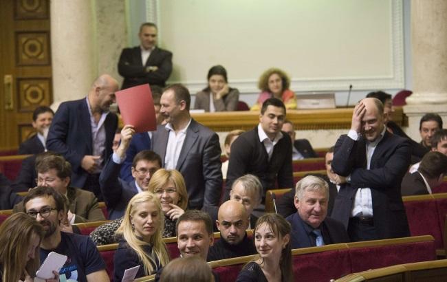 Депутати полегшили доступ пацієнтів до ліків