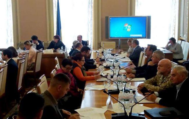 Финкомитет Рады рассмотрит закон Зеленского о демонополизации спирта в среду