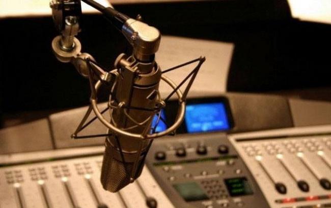 """Фото: первое военное радио в Украине (""""Фейскбук""""/ ArmyuaFM)"""
