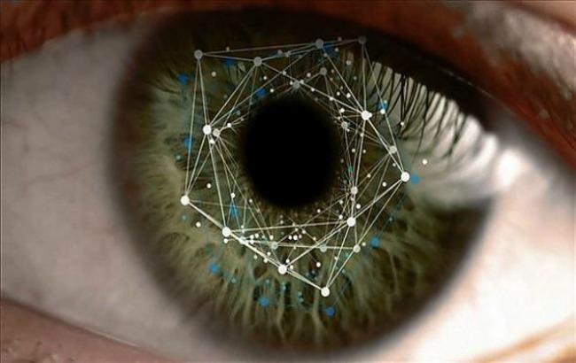 Фото: Samsung випустив планшет зі сканером райдужної оболонки ока