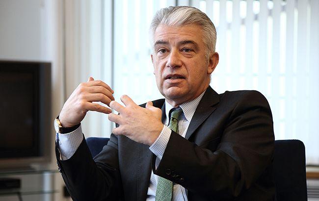 Посол Німеччини допустив проведення виборів на Донбасі у присутності російської армії