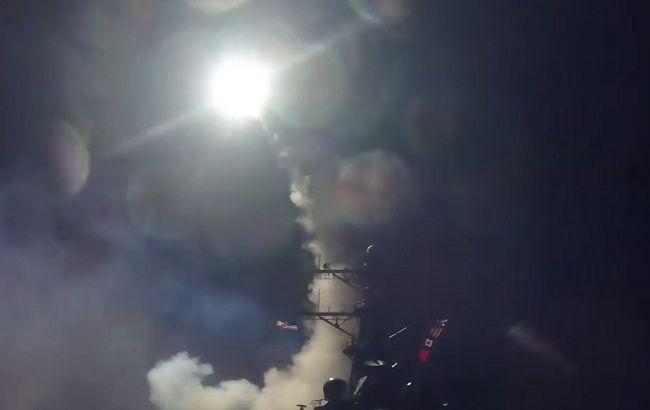 Фото: ракетный удар США по Сирии