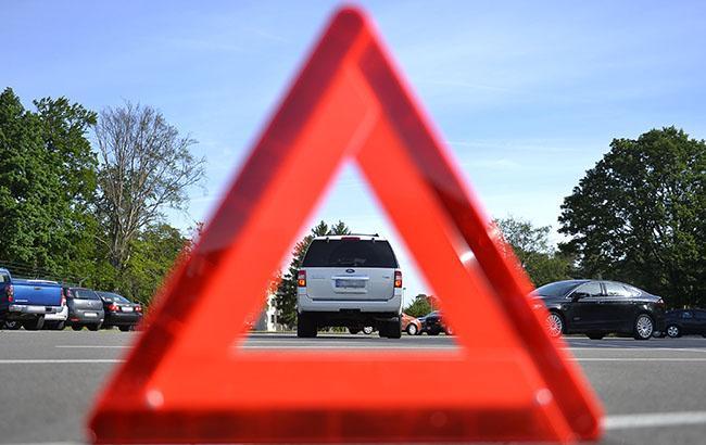ВХарькове «скорая» столкнулась слегковым авто, пострадали 6 человек