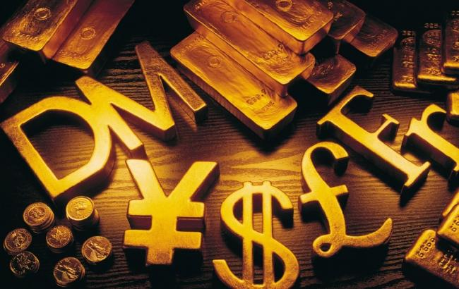 Мировые цены на золото выросли до двухлетнего максимума