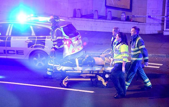 Фото: наезд фургона у мечети в Лондоне (RedTRaccoon twitt)