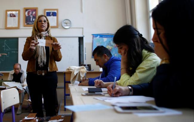 НаблюдательСЕ считает, что вТурции могли подтасовать 2,5 млн голосов