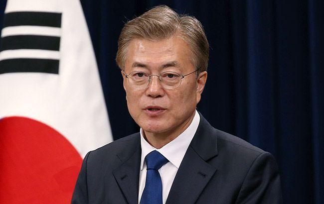 Южная Корея предложила открыть границы для врачей и ученых