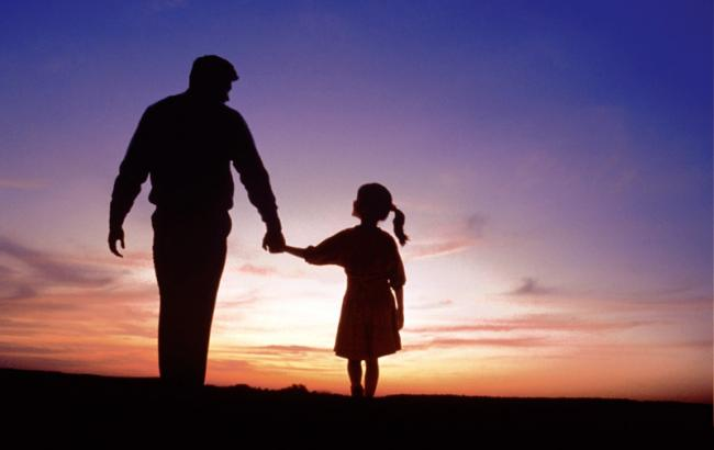 Фото: Отец с дочкой