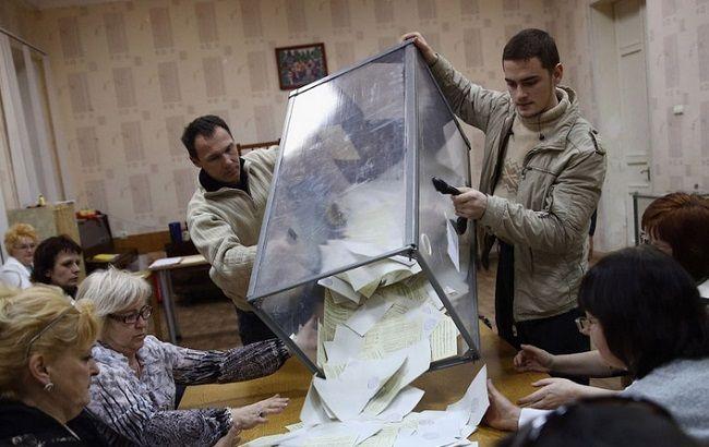 В Україні триває підрахунок голосів у другому турі виборів мерів