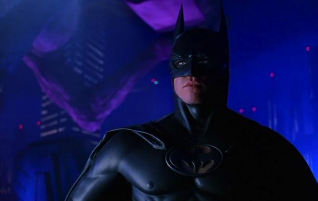 Фото: Вел Кілмер в ролі Бетмена (zoomnews.es)