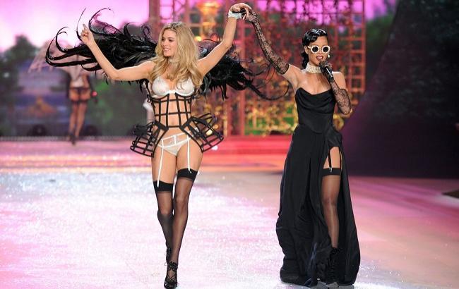 Стали известны имена звездных участников нового показа Victoria's Secret