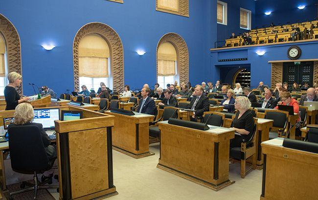 Правительство Эстонии ушло в отставку