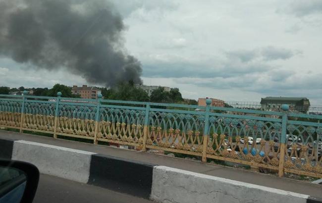 Пожежу на території військової частини в Рівному локалізована. Про це  повідомляє