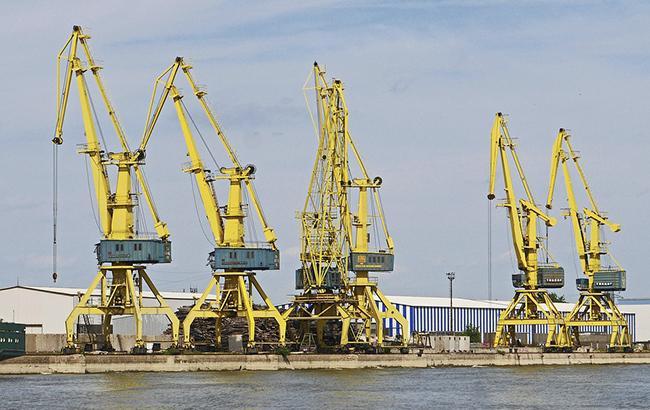 Правительство снизило портовые сборы (фото Pixabay)
