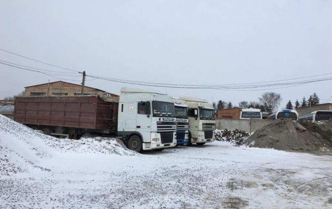 «ИзЛьвова слюбовью»: вПолтавской области задержали грузовые автомобили смусором