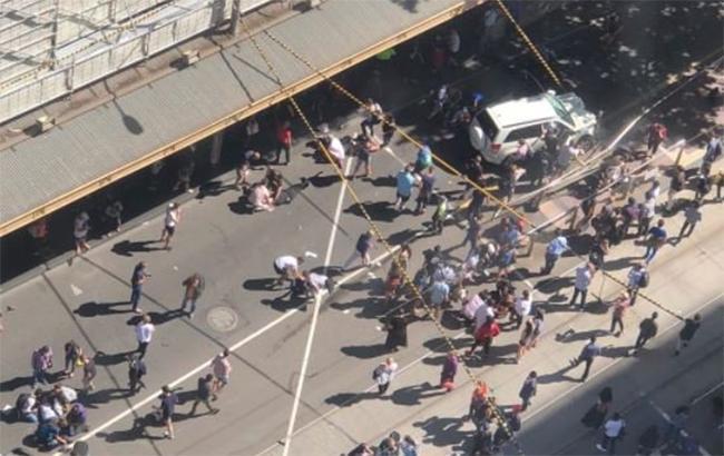 ВАвстралії авто в'їхало унатовп: 19 постраждалих