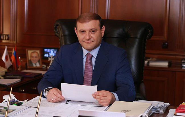 Мер Єревана пішов у відставку