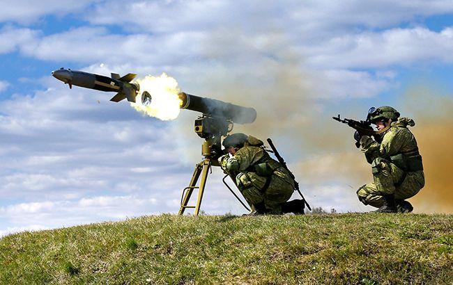 Росія почала військові навчання в окупованому Криму