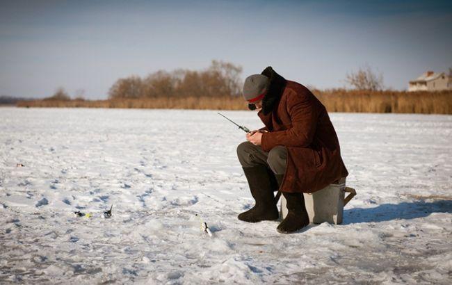 Фото: зимняя рыбалка в Киеве закончилась трагедией