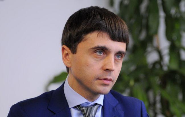 """Фото: """"віце-прем'єр-міністр"""" Криму Руслан Бальбек"""