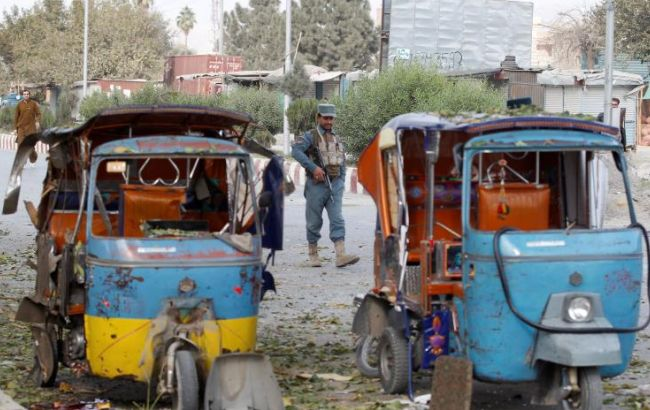 Фото: взрыв в городе Джелалабад